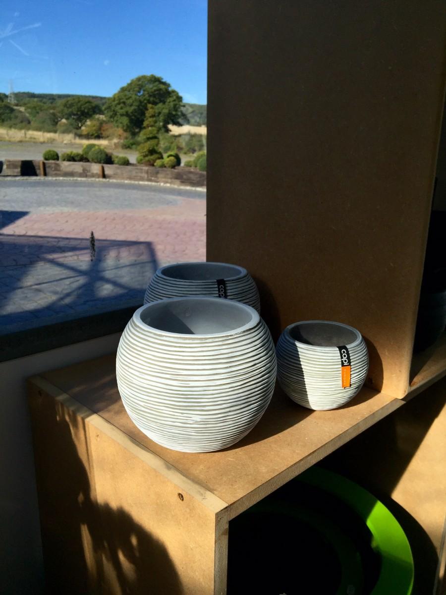Capi Ribbed Bowls